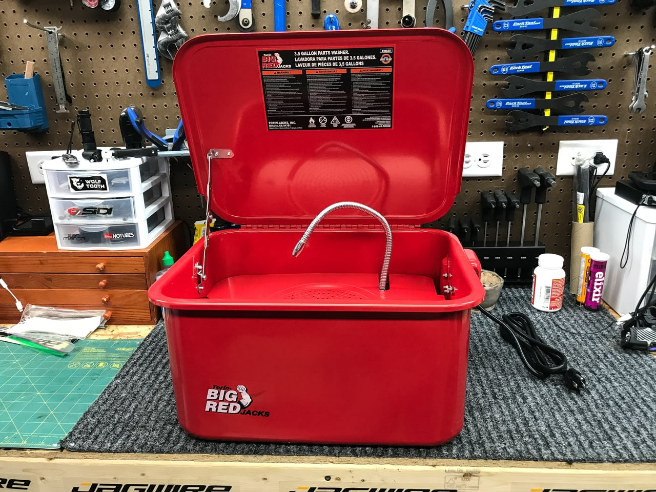 Torin T10035 Big Red 3.5 Gallon Parts Washer